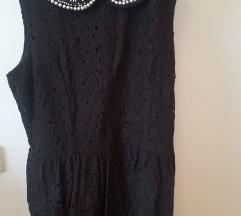 Crna čipkasta haljina s ovratnikom od perlica