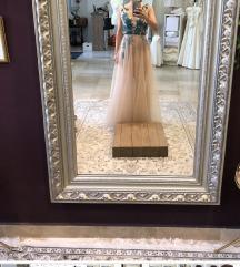 Ana Milin vecernja haljina