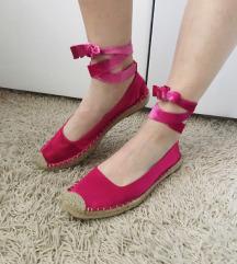 Zara roze balerinke špagerice