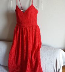 Crvena čipkasta midi haljina