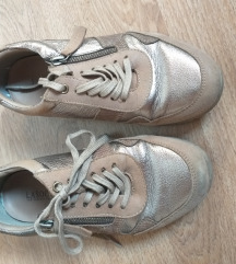 Smeđe tenisice/cipele