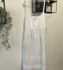 Bijela ljetna lanena haljinica