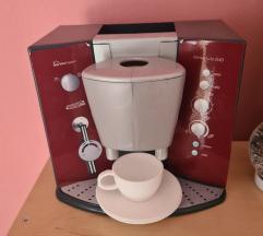 Aparat za kavu Boscj ili set za kuhinju mekani