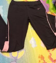 Nove Nike tajice