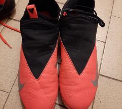 Nike phantonvsn kopacke 42.