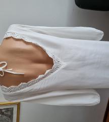 Haljina gola leđa/ bijela