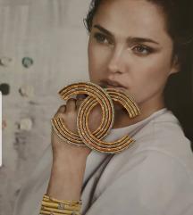Zlatno srebrni Chanel bros