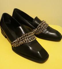 Zara kožne cipele