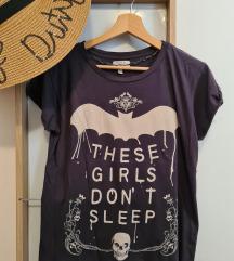 Zara majica s natpisom
