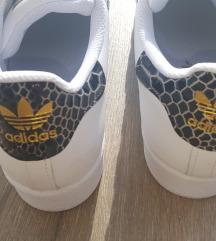 Adidas/Superstar