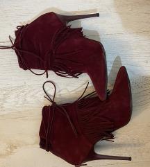 Crvene cizme