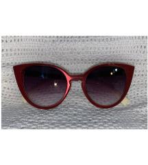 Crvene sunčane naočale
