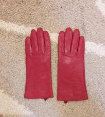 Crvene rukavice