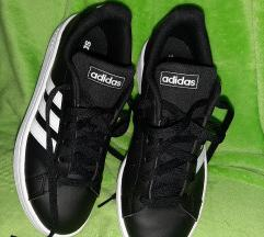 Adidas Grand Court br.37 1/3
