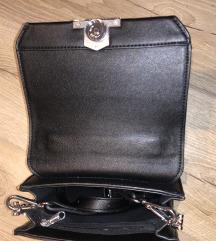 Mala crna torbica/ cijena s pt