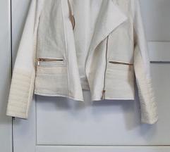 %%H&M lijepa bijela strukirana jakna M