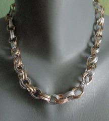 Dvobojna ogrlica