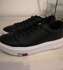 Tommy Hilfiger tenisice 37