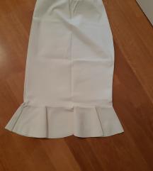 Bijela pencil suknja s volanom