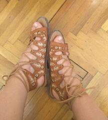 Boho smeđe izvezene sandale 39