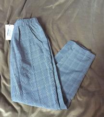 Boohoo sive karirane hlače S 36