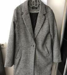 Novi kaput-Bershka, L