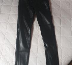 Crne kožne hlače