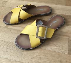 Žute ljetne šlape, natikače