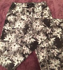 ❗️ RASPRODAJA ❗️ Cvjetne hlače s gumom