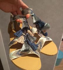Boho sandale s resicama niske