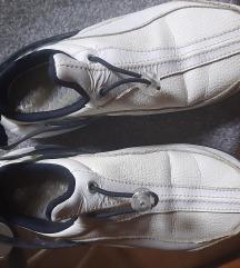 Nike air tenesice