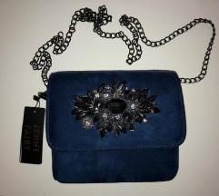 NOVA CCC svečana plava torbica na lanac