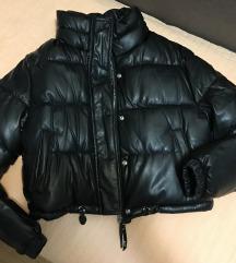 AKCIJA Bershka puffer jakna