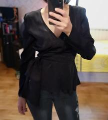 H&M crna bluza / slanje uključeno