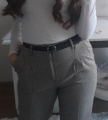 Karirane hlače cigareta kroja