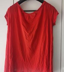 Crvena majica sa otvorenim leđima Sisley