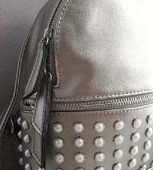 Srebrni ruksak
