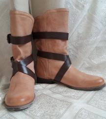 L'estrosa kožne čizme
