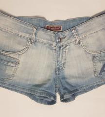 kratke hlačice jeans