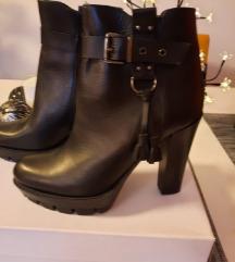 Čizme guliver prava koža nove 40