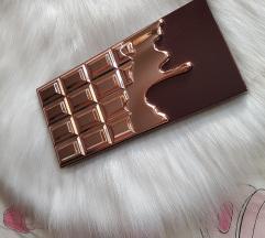 I HEART REVOLUTION CHOCOLATE ROSE GOLD PALETA