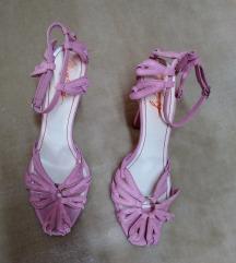 Roze sandale na visoku petu
