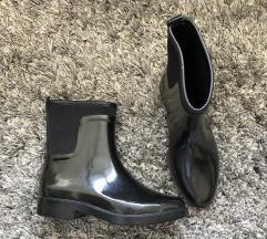 Crne cizme ZARA