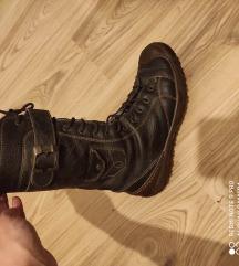 Čizme 37