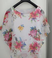 Bluza sa cvjetnim detaljima - M/L
