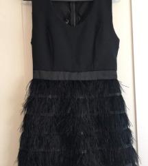 Crna haljina s perjem sa pt.