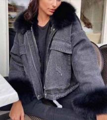 Traper jakna sa bijelim krznom