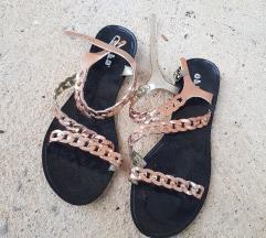 Novo! Sandale 40