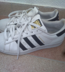 Adidas superstar 40,5