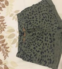 Kratke leopard hlace